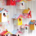 Веселые домики для попугаев.