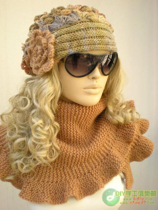 Вязаная шапочка с модели
