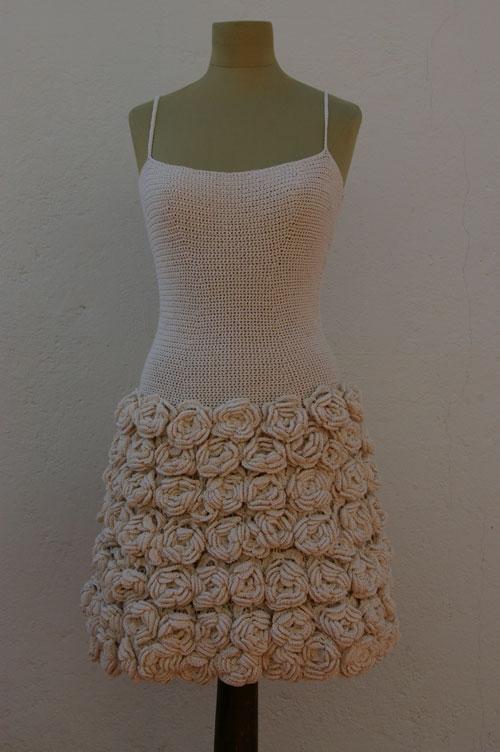Вязаное платье по модели Валентино