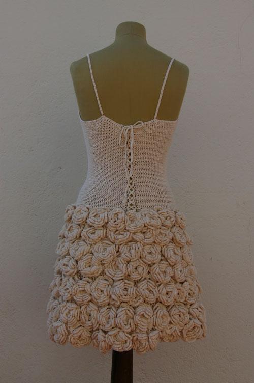 vestido-rosas-espalda